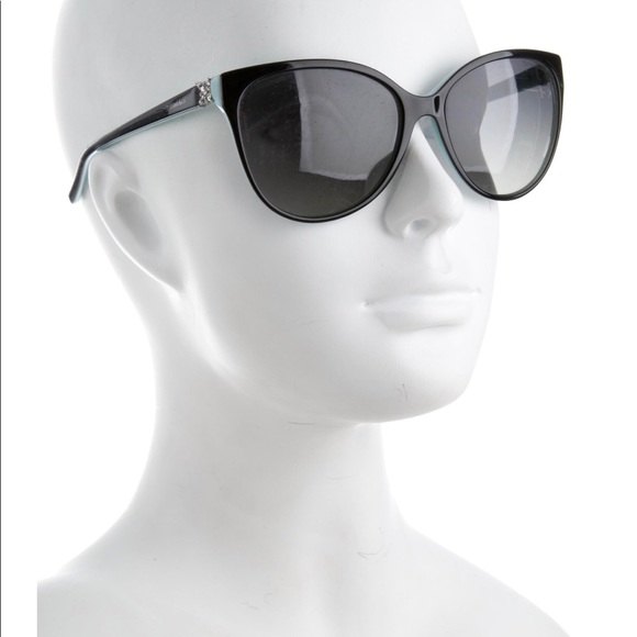 dd84e0cad80 Tiffany   Co. Black Cat Eye Sunglasses. M 5a95114c3a112e490be8a997